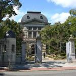「天皇の料理番」篤蔵が掛け持ちで働いた「英国公使館」ロケ地は「兵庫県公館」